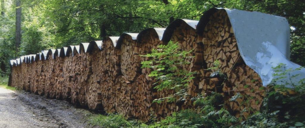 egger ehz b che pour recouvrir le bois sec de chauffage. Black Bedroom Furniture Sets. Home Design Ideas